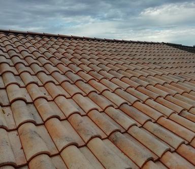 Rénovation de toiture, pose de tuile et d'ardoise